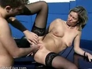 MILF gets pussy fisted