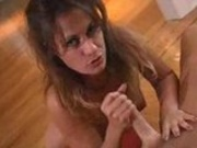 Teasing MILF gives a good handjob