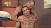 Max's rub & tug