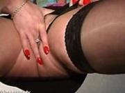 UK Babe Pussy Spreading
