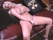 U.K slut using a vibrator