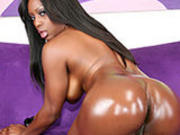 Jada oiled up & ready for anal