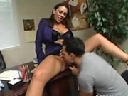 Naughty office chick gets pussy licked at work
