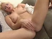 Gorgeous all American babe rubbing her clitoris