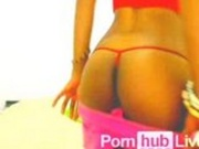 SandraEbony From Pornhublive Loves To Put Things In Her Pussy