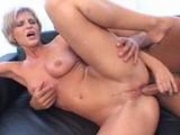 Short-haired blondie hardcore couch anal