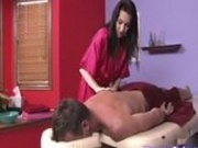 Rayveness Gives A Hot Massage