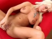 Gorgeous Blondie Solo Sexing