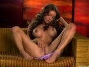 Crissy Moran fingering on the couch