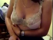 Busty webcam girl shows her tits