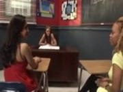 Melrosse Eats Pussy In Classroom