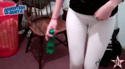 Amazing Cameltoe Teen - White Leggins - Round Ass - Huge Cameltoe
