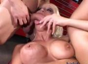 Nikki Hunter deep throats two guys