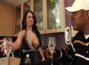 Sexy Latin Milf Mariah Milano