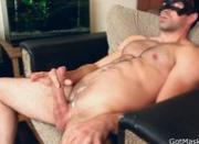 Masked dude wanking off and cums