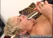 Nasty mom feeling sexy playing