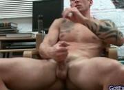 Amazing muscled and tattoed hunk wanking