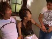 Japanese chick on double blowjob