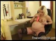 Pregnant Mommy Blowjob