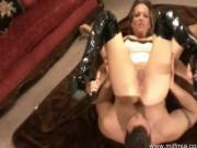 MILF Mia has Sex
