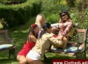 Lady has her pussy licked in the park