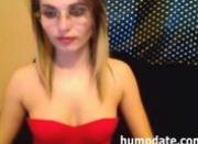 Sexy babe deepthroats huge dildo on webcam