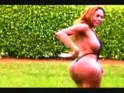 Transexual Stripper With A Monsterous Ass Getting Freaky In The Park!