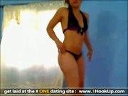 Bootylicious latina teasing on cam