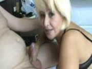 Wife does blowjob
