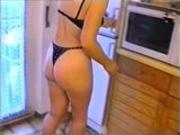 Slave doing her householdchores
