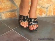 Footsie Babe Lara Craft Foot Job