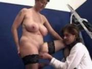Mom\'s Very First Porn Casting