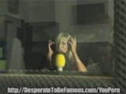Skinny Blond singer