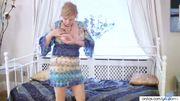 Mature Emma Glass toy Fucking