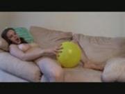 Heidi fucks balloons
