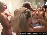 RUB-A-DUB-DUB THREE CHICKS IN A TUB â?? LESBO BATH
