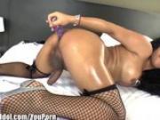 ShemaleIdol Asian T-Girl Fucks Herself in Ass