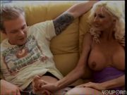 Horny mature ladies love to fuck