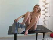 Blonde Czech amateur Suzan solo XXX