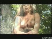Sexy gal takes mouthful of cum