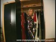 Blonde Magdi in glitterin spandex