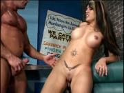 Horny dude bangs a hotties pussy