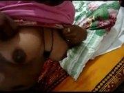 Indian south maid exposing boobs part 2