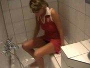 German Girl--Merry-- Badezimmer Bathroom Part 1