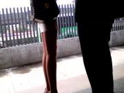 Chamaca Patona En Minifalda Y Pantimedias