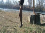 seminuda al fiume a San Donnino di Modena