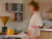Celeb Julianne Moore pantyless
