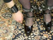 Masterlock bicyclelook used as leg cuffs