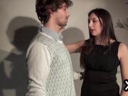 La sosia di Monica Belluccix prende in culo un grosso cazzo