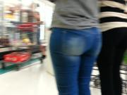 2 candid booty
